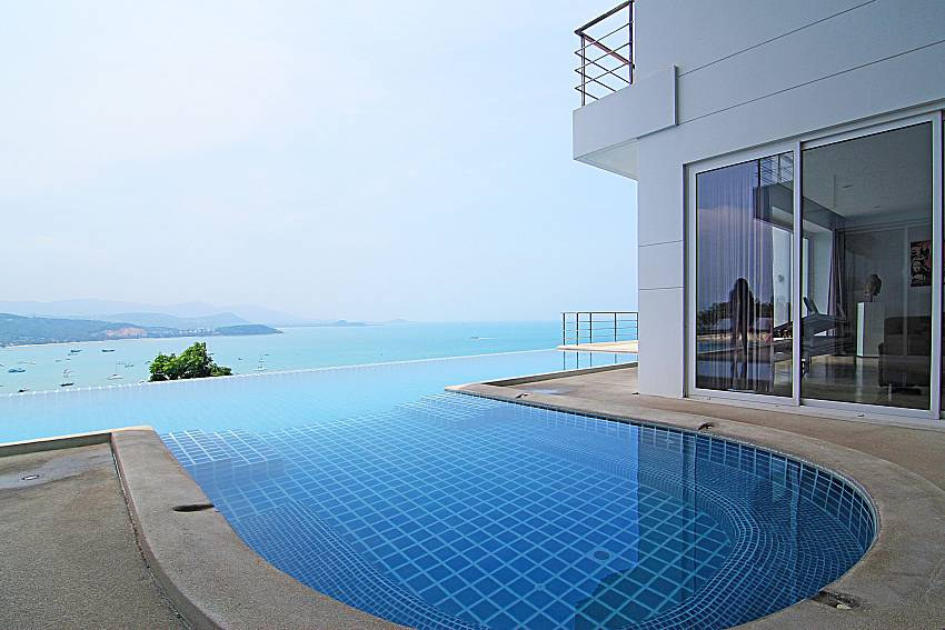 Swimming pool and sea view Sirinda Samui Sea View Apartment in Samui