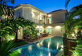 City Haven Villa | 7 Betten Luxus Pool VIlla in Zentral Pattaya