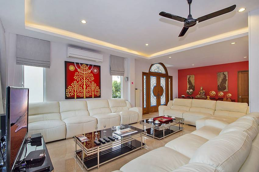 Living room with TV at City Haven Villa in Central Pattaya