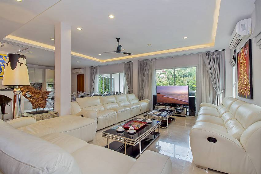 Comfortable sitting at the living room in City Haven Villa Pattaya