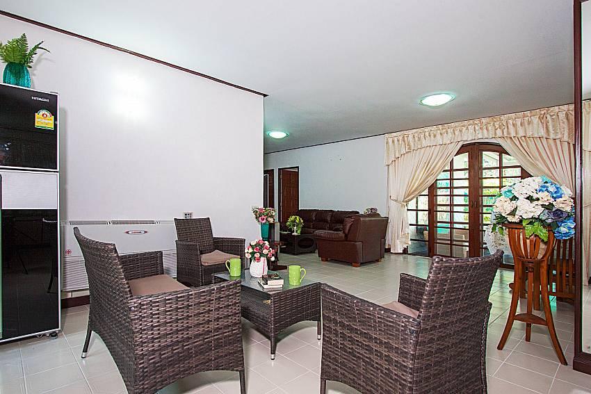 Seat and table Villa Nobility Jomtien Beach in Pattaya