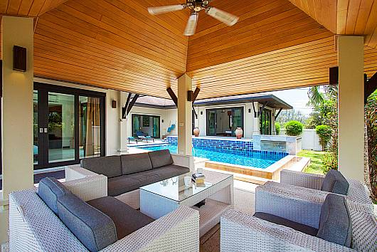 Rent Phuket Villas: Villa Rachana - 3 Beds, 3 Bedrooms. 17300 baht per night