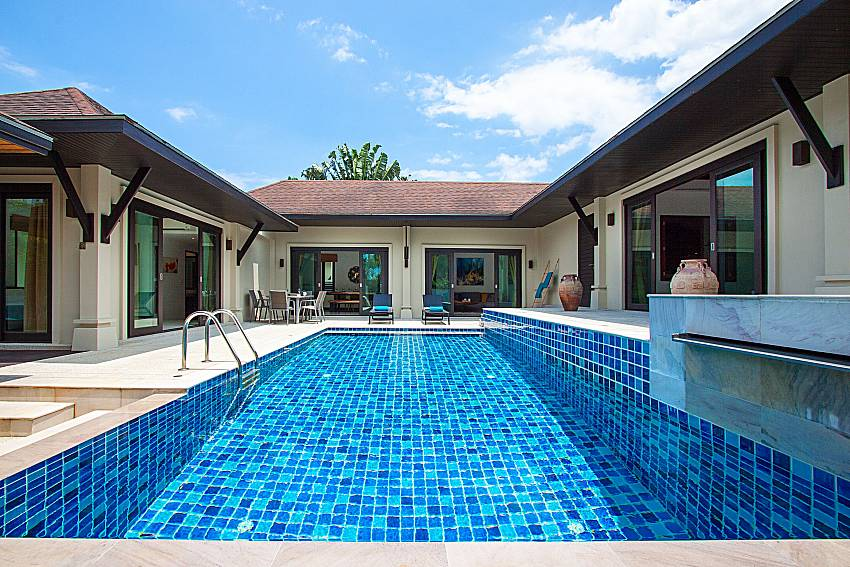 Swimming pool and property Villa Rachana in Phuket
