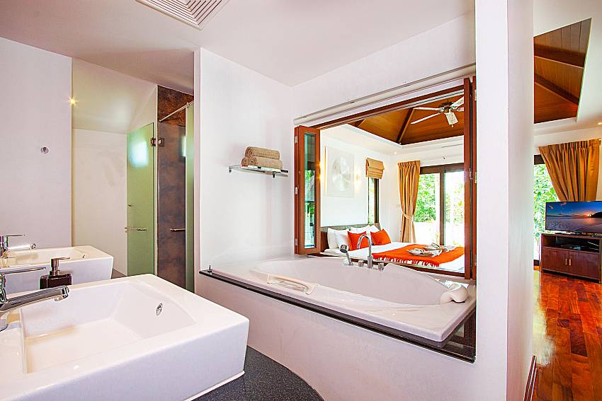 Bathroom Villa Rachana in Phuket