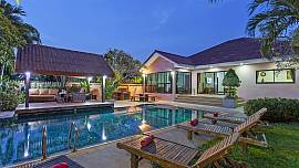 Baan Chatmanee - 4 Bed - Spacious Villa in Tropical Gardens
