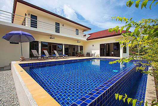 Rent Phuket Villas: Villa Tallandia - 3 Beds, 3 Bedrooms. 8050 baht per night