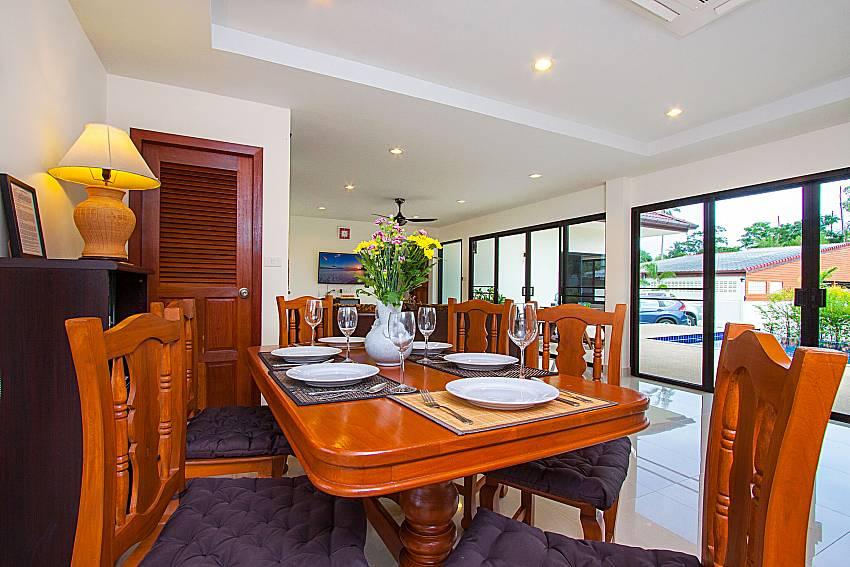 Dinning area Villa Tallandia in Rawai Phuket