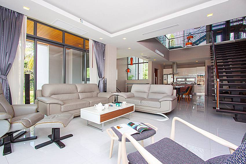 Living room Villa Yamini in Rawai Phuket