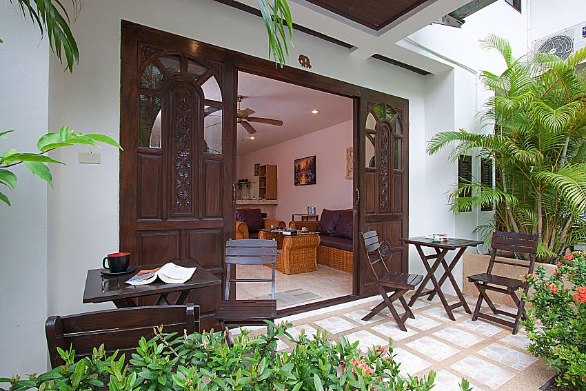Seat and table Wan Hyud Villa No.201 at Chaweng in Samui
