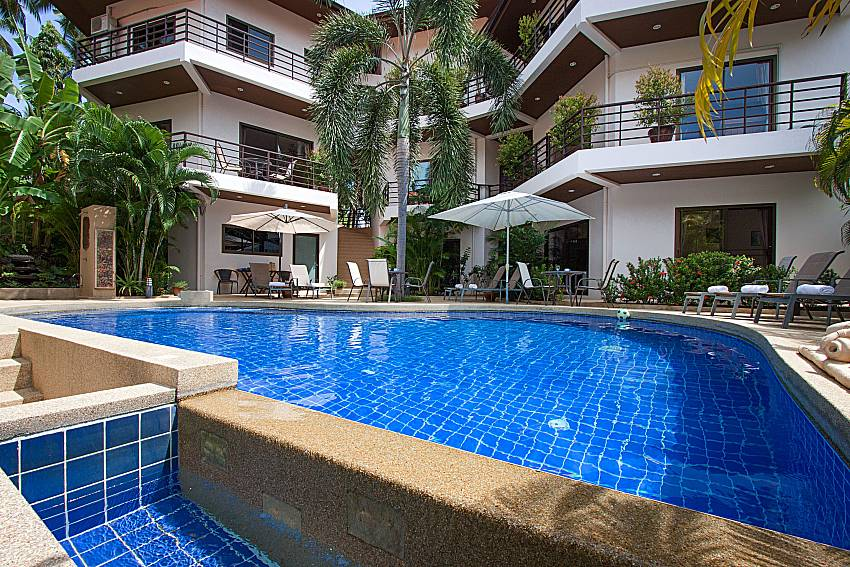 Swimming pool and property Wan Hyud Villa No.204 at Chaweng in Samui