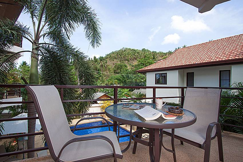 Seat and table Wan Hyud Villa No.104 at Chaweng in Samui