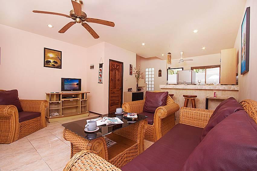 Living room with TV Wan Hyud Villa No.205 at Chaweng in Samui