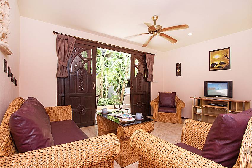Living room with TV Wan Hyud Villa No.205 at Chaweng in Samui