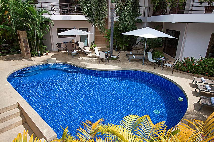 Swimming pool and property Wan Hyud Villa No.202 at Chaweng in Samui