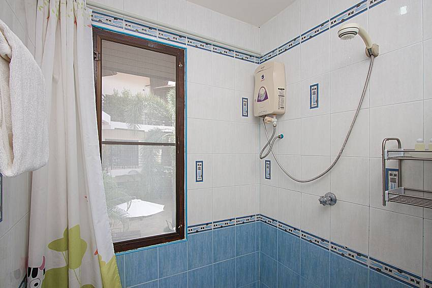 Shower Wan Hyud Villa No.202 at Chaweng in Samui