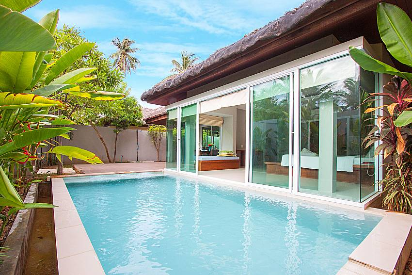 Swimming pool and property Moonscape Villa 101 in Koh Samui