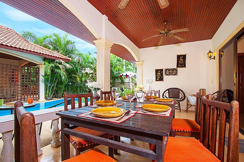 Dinning area Villa Kaipo in Phuket