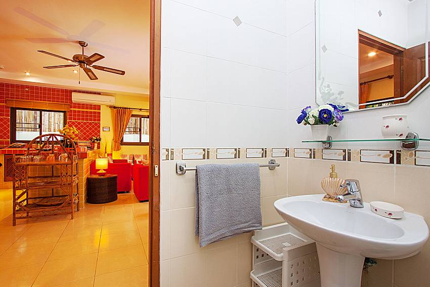 Bathroom Villa Kaipo in Phuket