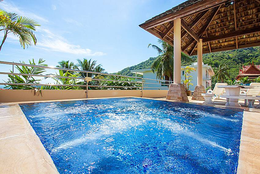 Jacuzzi Vara Apartment at Kata in Phuket