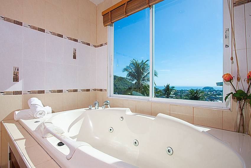 Jacuzzi with sea view Vara Apartment at Kata in Phuket