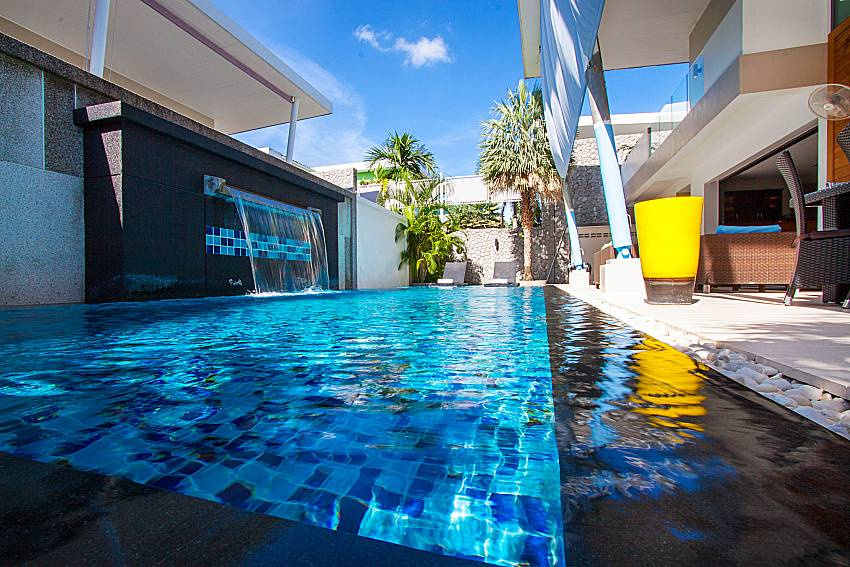 Swimming pool and property Villa Fullan in Phuket