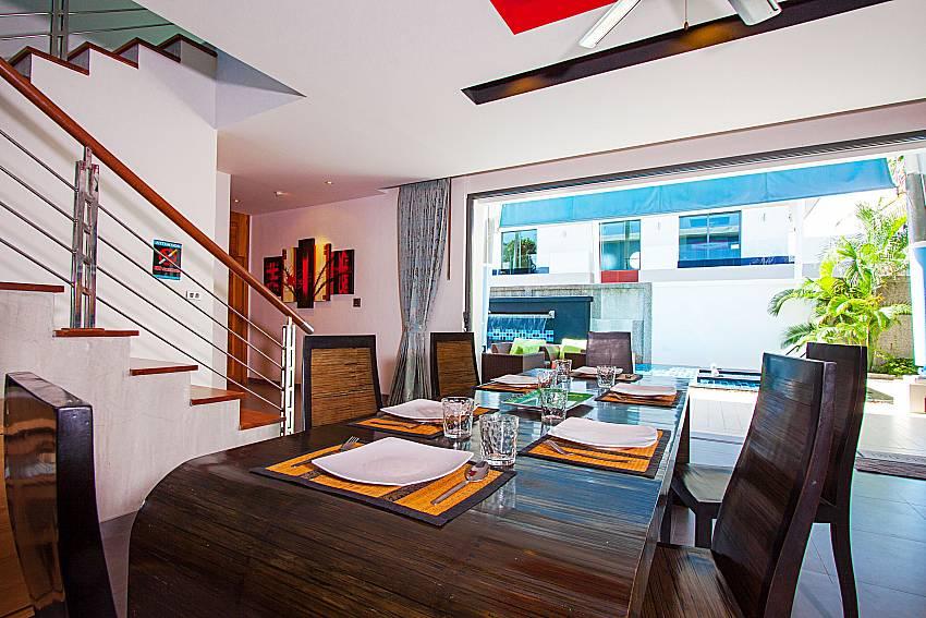 Dinning area Villa Fullan in Phuket