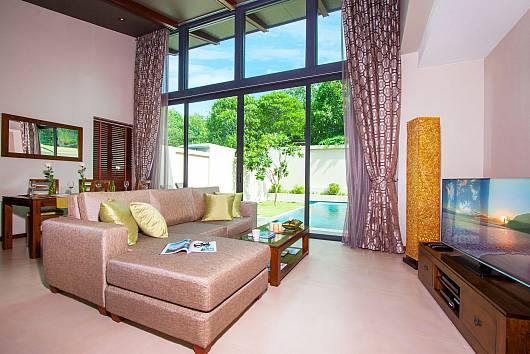Rent Phuket Villas: Poonam Villa - 2 Beds, 2 Bedrooms. 8050 baht per night