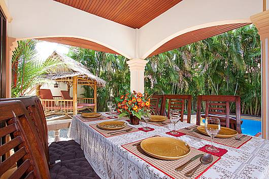 Rent Phuket Villas: Villa Maiki - 2 Beds, 2 Bedrooms. 8900 baht per night