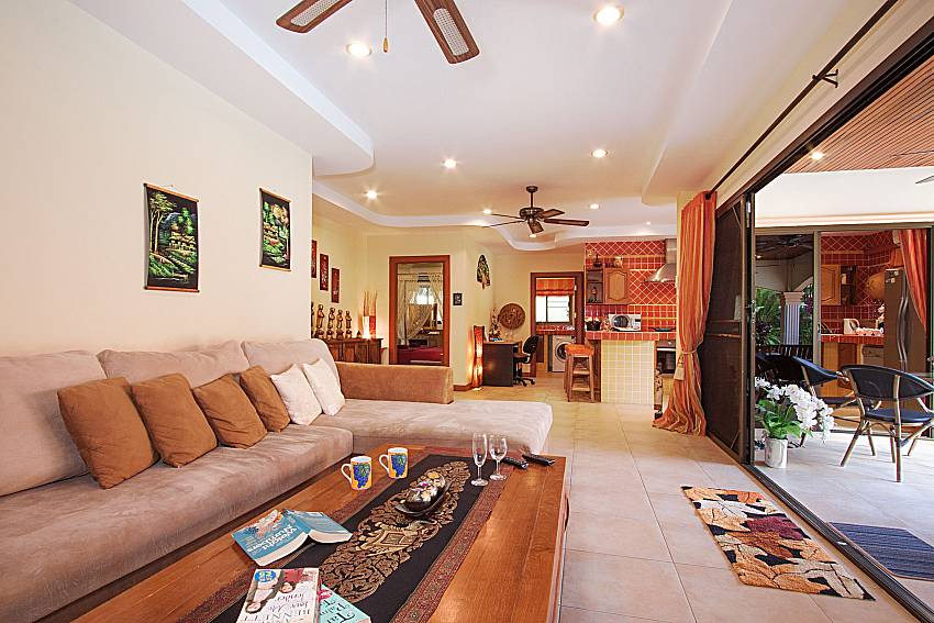 Living room Villa Oditi in Phuket