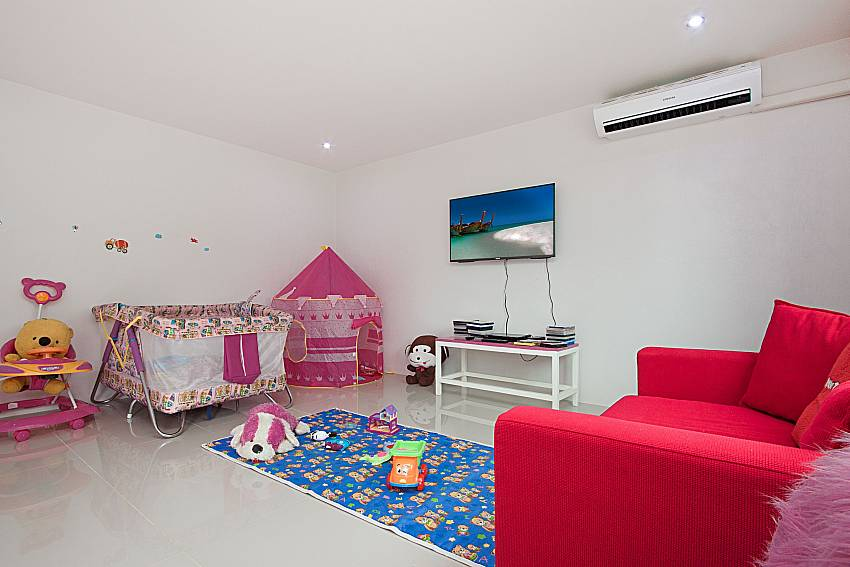 Kid room Lannister Villa Resort in Bangsaray Pattaya