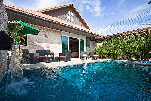 Rent Pattaya Villa: Casterly Villa – 3 Beds, 3 Bedrooms. 7500 baht per night