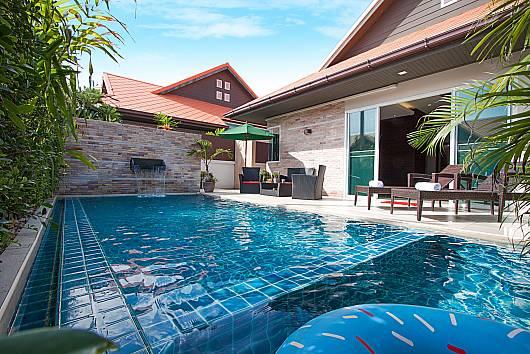 Rent Pattaya Villa: Casterly Villa – 3 Beds, 3 Bedrooms. 9200 baht per night