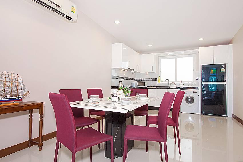 Dinning area Bangsaray Beach House B at Bangsaray Pattaya
