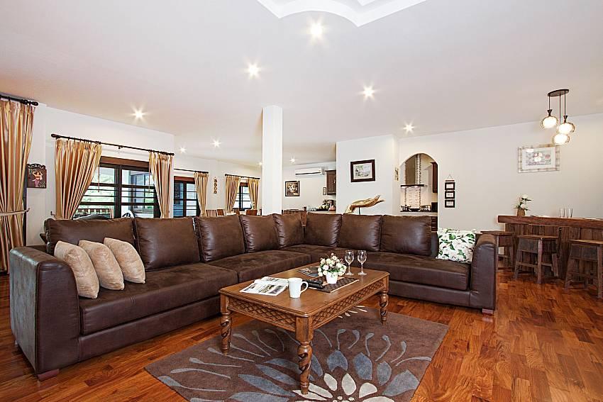 Living room Lanna Karuehaad Villa B in Chiang Mai