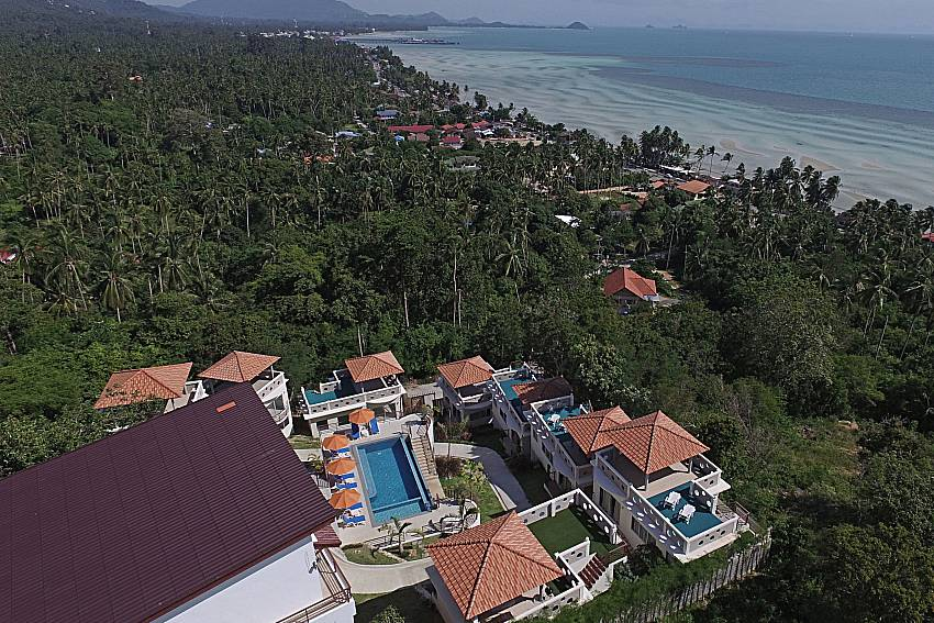Top view of property and sea view Villa Mak Di 102 in Samui