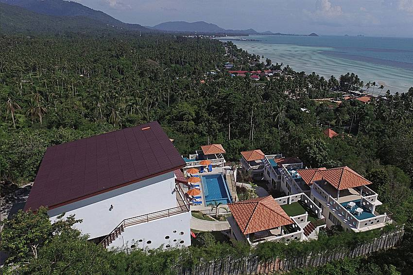 Top view of property and sea view Villa Mak Di 103 in Samui