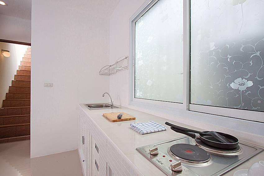 Kitchen Villa Mak Di 103 in Samui