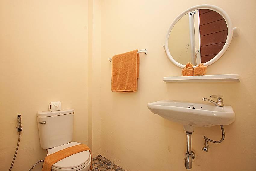 Bathroom Villa Mak Di 104 in Samui