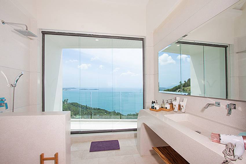 Bathroom with sea view Sky Dream Villa in Samui