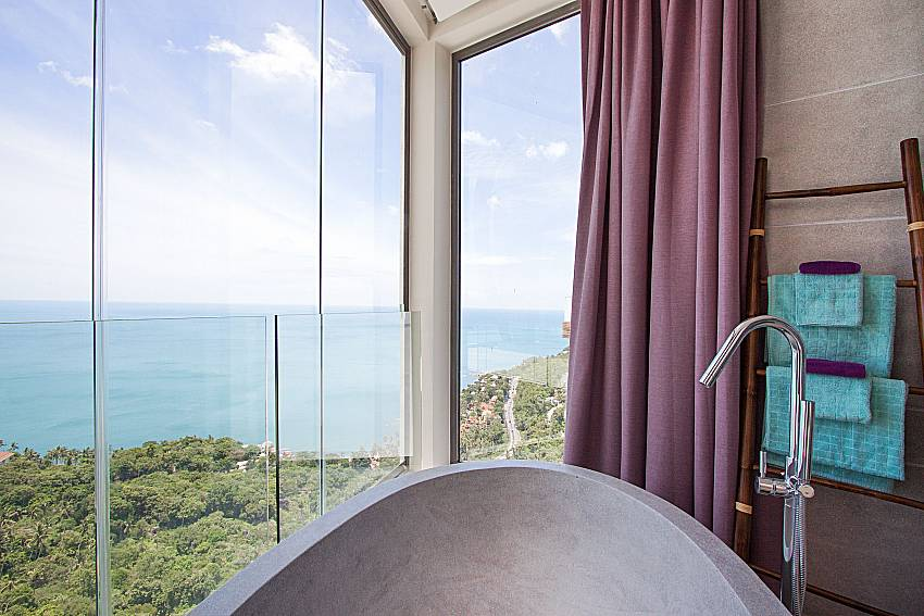 Bath with sea view Sky Dream Villa in Samui