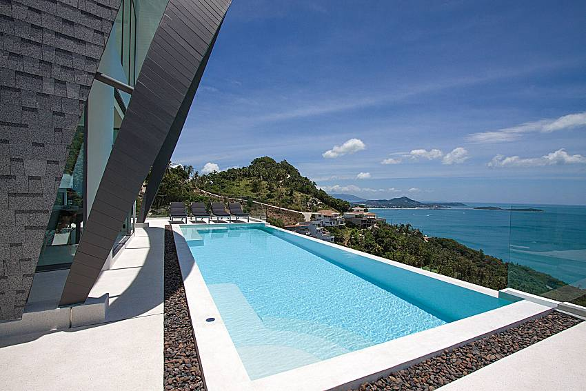 Swimming pool and sea view Sky Dream Villa in Samui