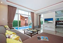 Villa Modernity A | 3 Betten Luxus Pool Villa nahe von Pattaya City