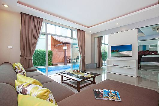 Rent Pattaya Villa: Villa Modernity A – 3 Beds, 3 Bedrooms. 9950 baht per night