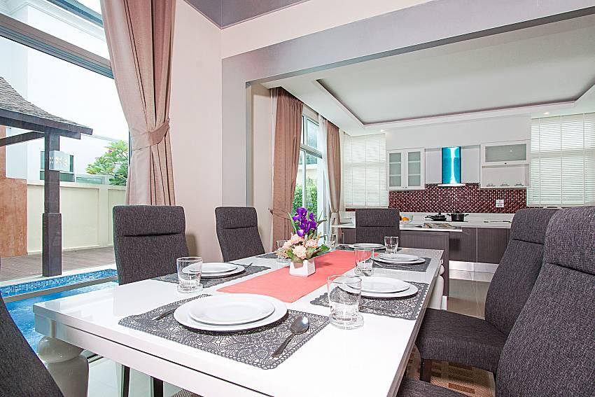 Dinning area Villa Modernity A in Pattaya