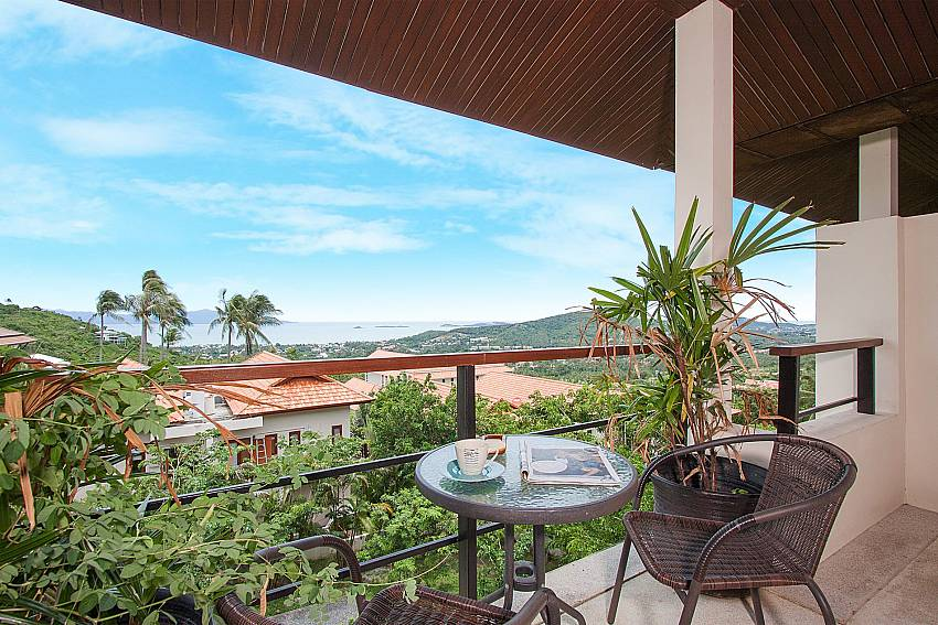 Balcony with seat and table Villa Janani 303 in Samui