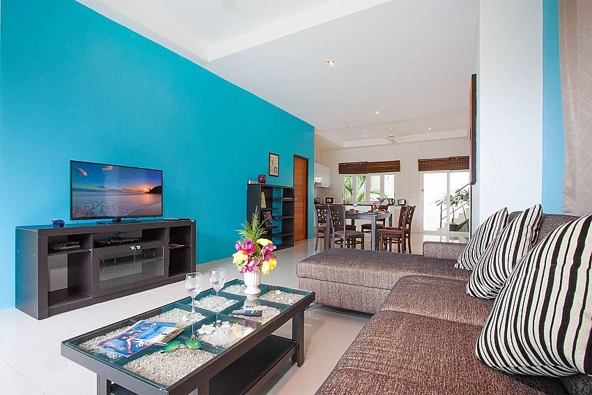 Living room with TV Villa Janani 201 in Samui