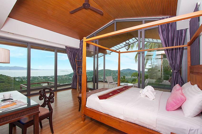 1. kingsize bedroom with sea view-Villa High Rise_Bophut_Samui_Thailand