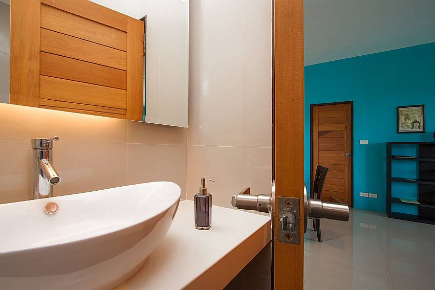 Bathroom Villa Janani 202 in Samui