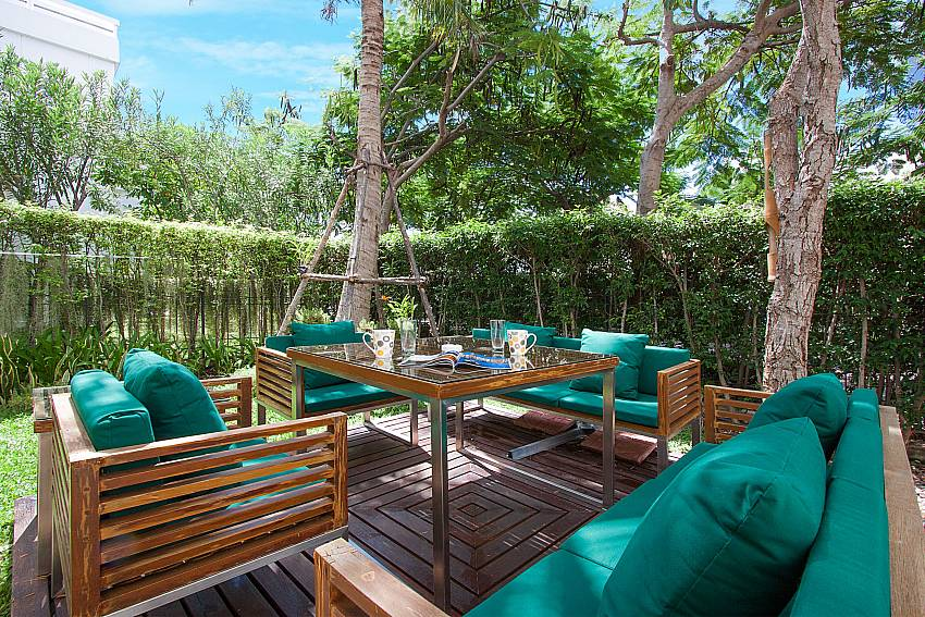 Sofa and table Blue Lagoon Hua Hin 401 in Hua Hin