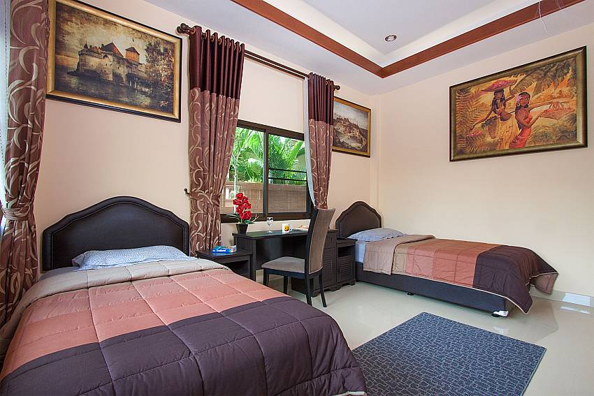 2. bedroom with 2 single beds Thammachat Victoria II_Pattaya_Thailand
